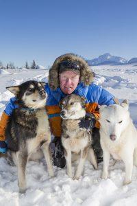 Mats Pettersson med sina hundar